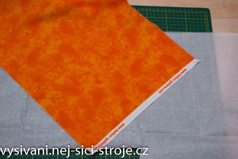 7449a78bc3af Tenká rozpustná fólie nižší gramáže ( 25 µ m2) je se používá jako horní  vrstva při vyšívání na látky s vlasem - froté